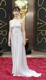 Worst: This dress made Cristin Milioti look kind of grey. Her pale complexion could have looked stunning with a more vibrant shade, but this dress mixed with the black lipstick made her resemble a zombie.
