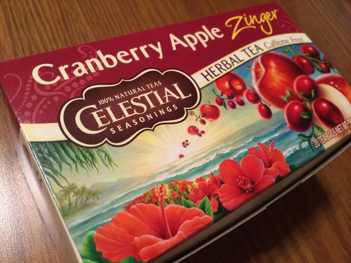 Tea review: Cranberry Apple Zinger, a tasty transitional tea