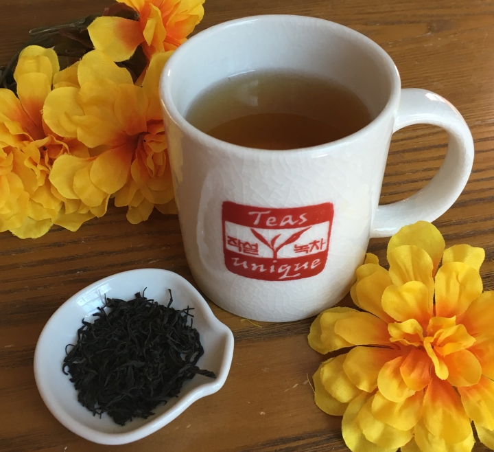 Review: Teas Unique Whole Leaf Red Tea